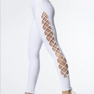 Worn twice Alo interlace legging-M